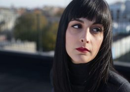 Musician Marjan Farsad's New Song Pays Tribute to Iranian Political Prisoners